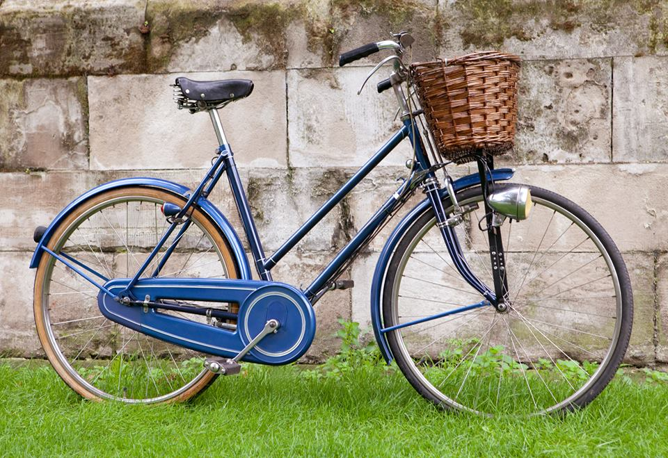 Customization, Restoration & leather upholstery | Druid Cycles CIC ...