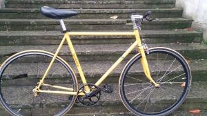 Orange 1979 fixed gear £350